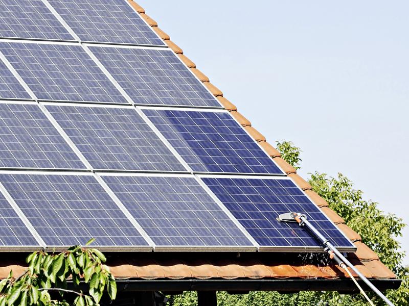 Photovoltaikanlagen, Solaranlagen, Reinigung